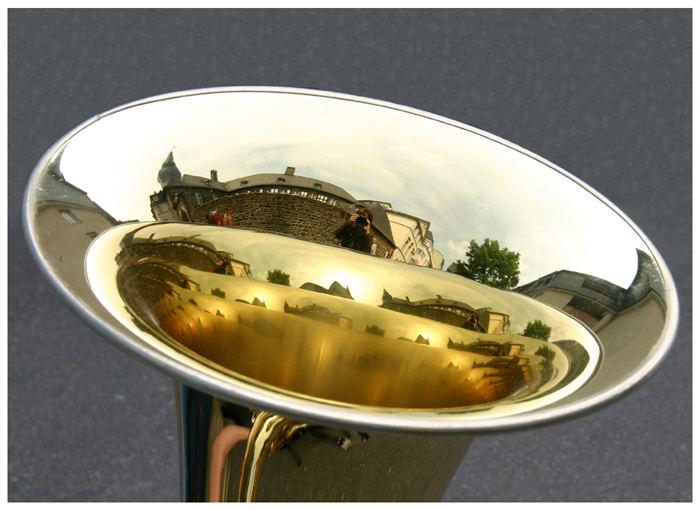 Burg Holzbrink in der Tuba !