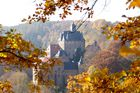 Burg Kriebstein im Licht eines Herbstmorgens