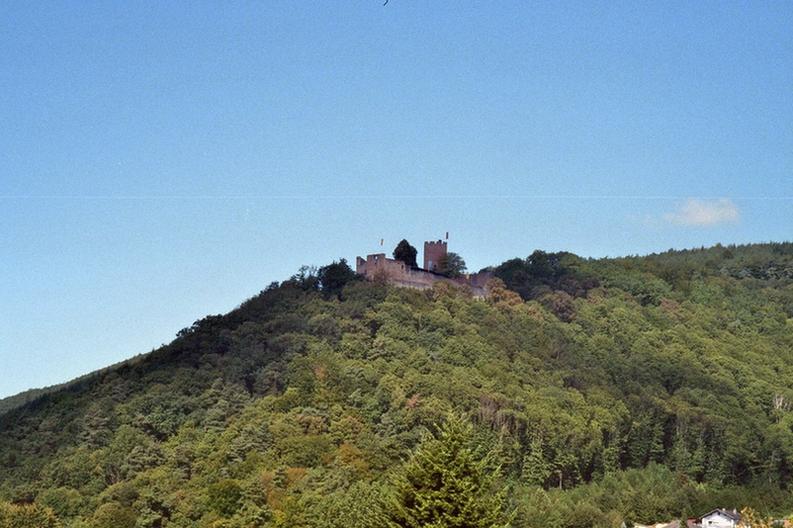 Burg Landeck in der Südpfalz