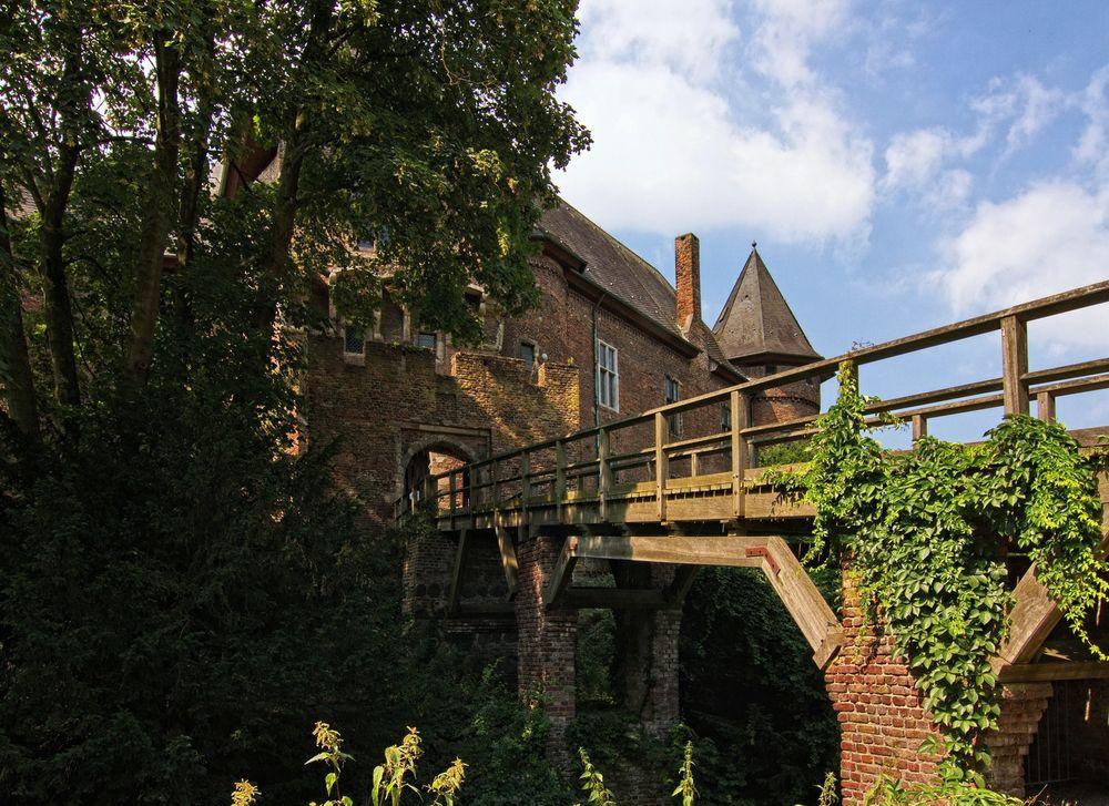 Burg Linn III