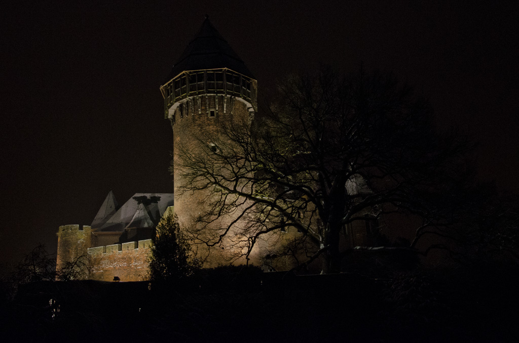 Burg Linn im dunkeln