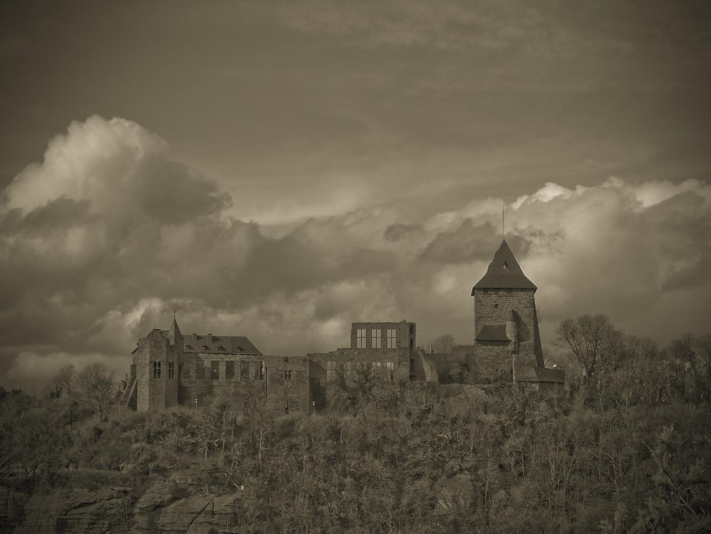 Burg Nideggen im April 2010