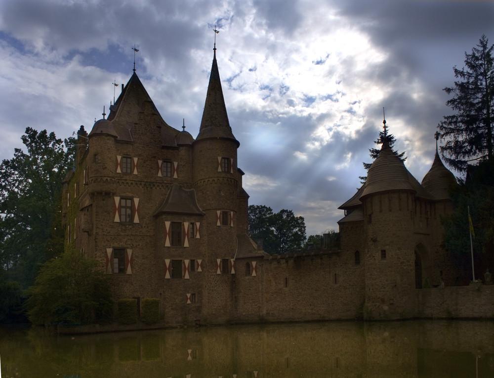 Burg Satzvey