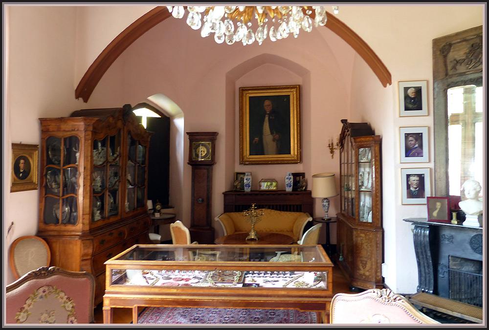 Burg Satzvey - Wohnraum -
