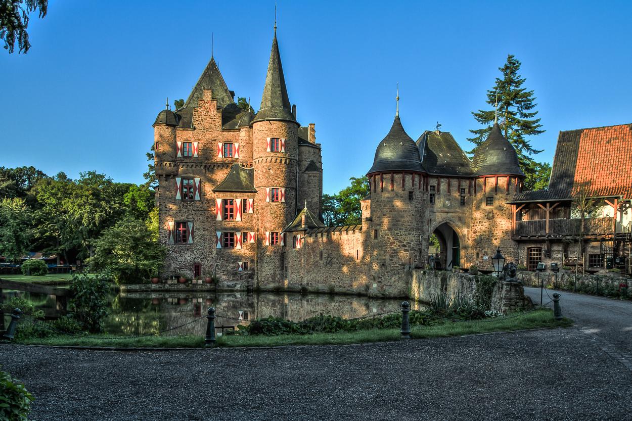 Burg Satzvey_02