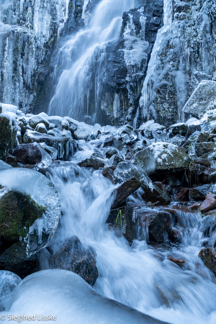 Burgbach Wasserfall-20210214-0461