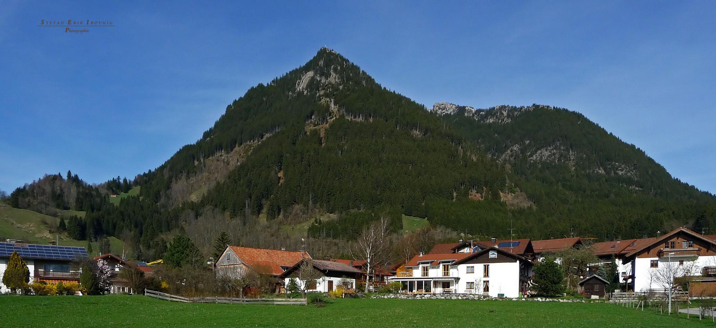 """Burgberger Hörnle am Ausklang des Grüntens* bei Burgberg"""
