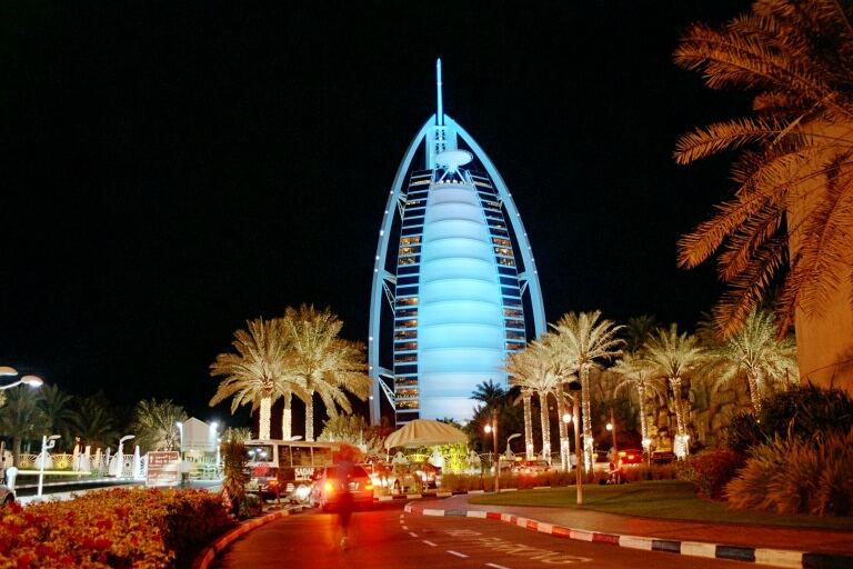 Burj al Arab bei Nacht