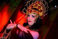 Burlesque Circus/2