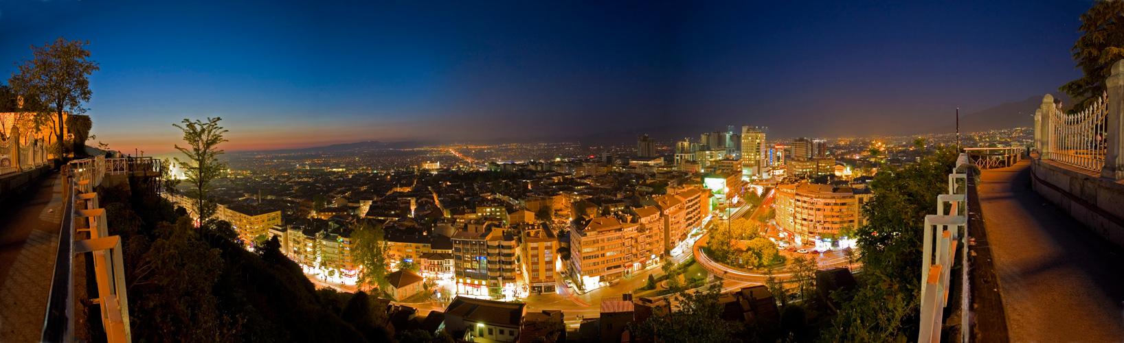 Bursa bei Nacht 2