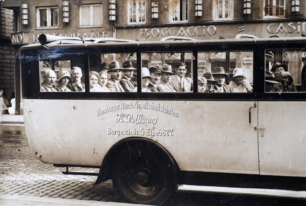 Bus-Cabrio