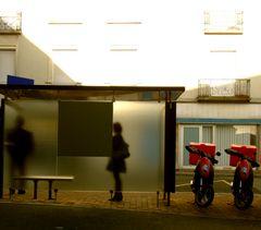 Bus stop serie - 4 -