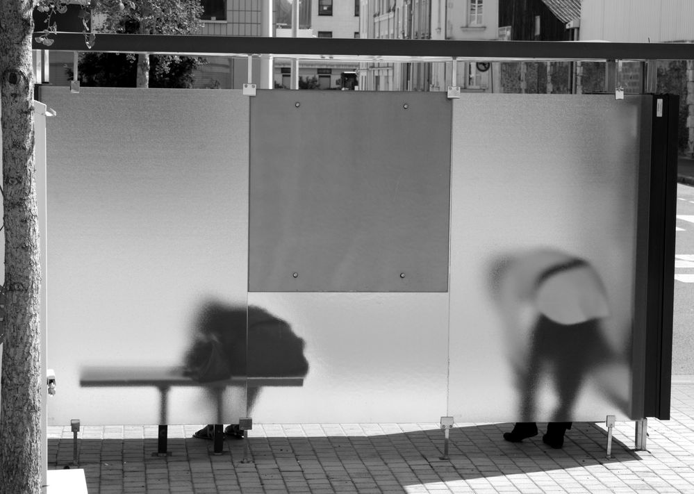Bus stop serie - 5 -