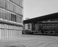 Bus und Straßenbahn im Spiegel der Moderne