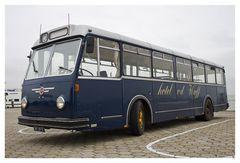 """Bus zum Kulthotel Schiermonnikoogs """"Van der Werff"""""""