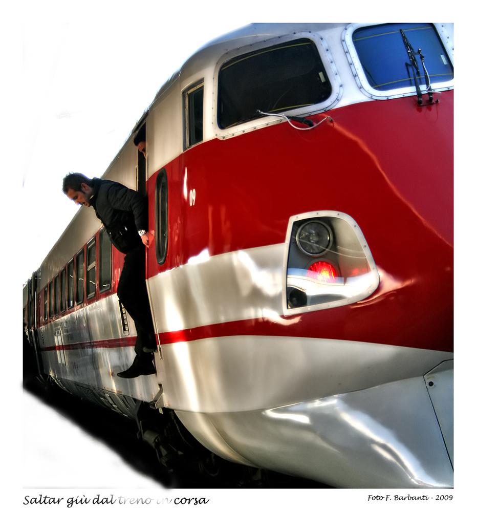 Buttarsi dal treno in corsa