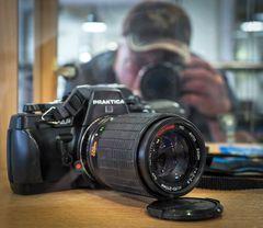 BX20s - Die letzte Praktica Kleinbildkamera aus Dresden