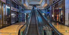 C1387 Dubai - Mall of the Emirates