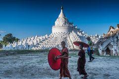 C1404 Myanmar - Mingun Hsinbyume Pagode
