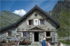 Cabane de Mont-Fort