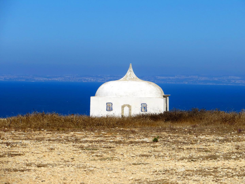 Cabo Espichel, Gedächtnis-Kapelle ...