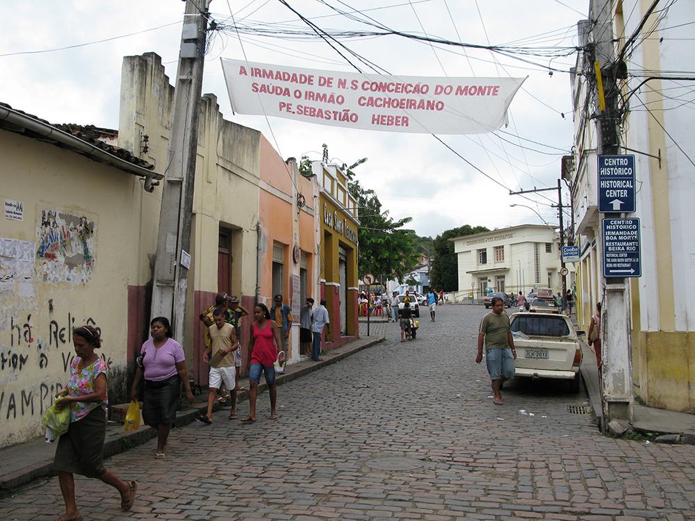 Cachoeira - Strassenszene mit Wahlkampfbanner
