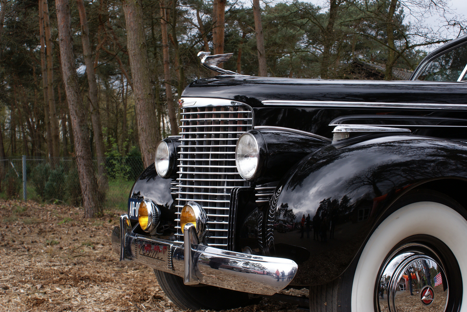 Cadillac 16-Zylinder Monument