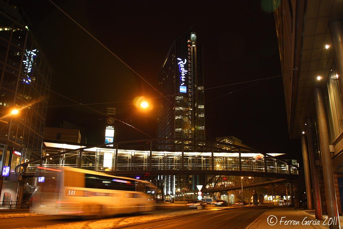 Cae la noche en Oslo