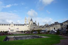 Caen - mit Kloster und Klosterkirche Saint Etienne
