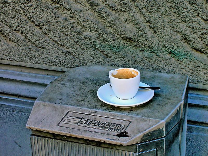 Caffe al banco?