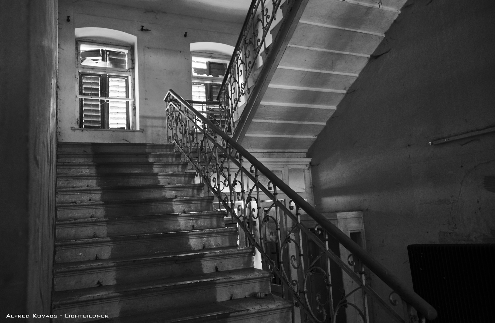 Cage d\'escalier Foto & Bild   youth, dokumentation, marodes Bilder ...
