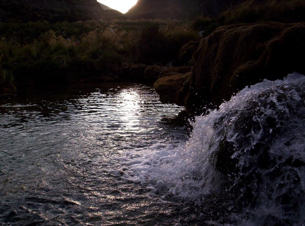 Caida de agua natural