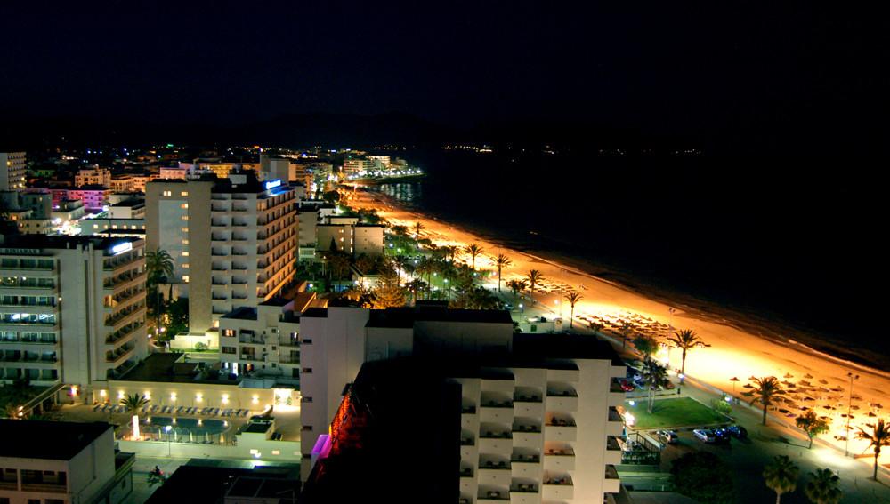 Cala Milor bei Nacht , Mallorca