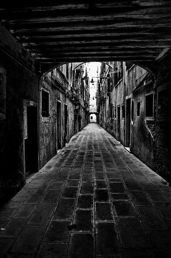 calle dei volti