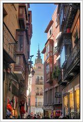Callejeando Toledo con vistas a la Catedral (HDR 3 Img) GKM5-II