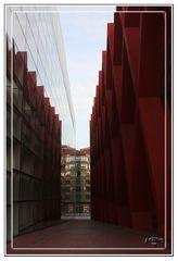 Callejon junto al Museo de Evolucion Humana de Burgos (Original)