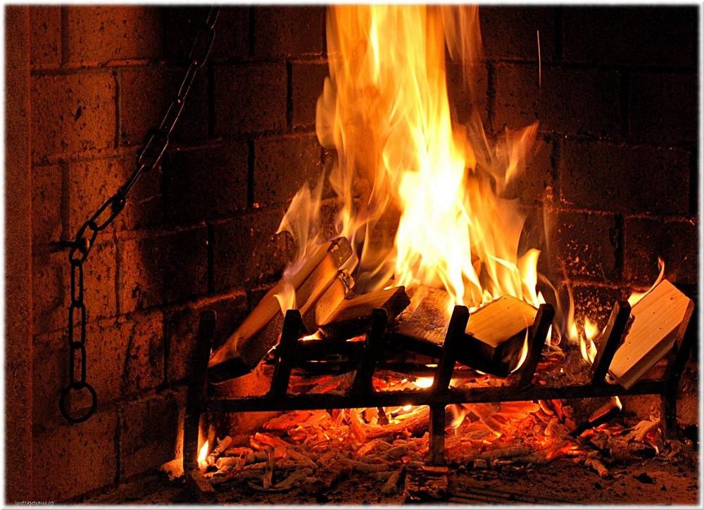 Calore foto immagini fuoco e fiamme varie temi for Fuoco finto per camino