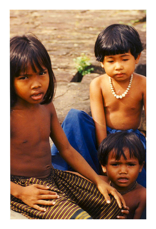 "Cambodia ""Kids in paradise"""