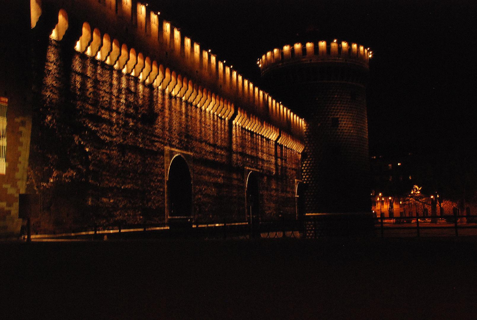 Camminando intorno al castello..........bello
