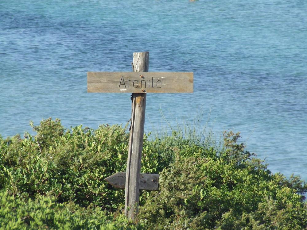 camminando verso la spiaggia