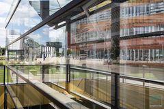 Campus im Spiegelbild