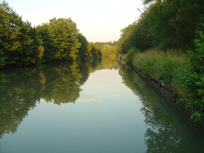 Canal de la Marne au Rhine