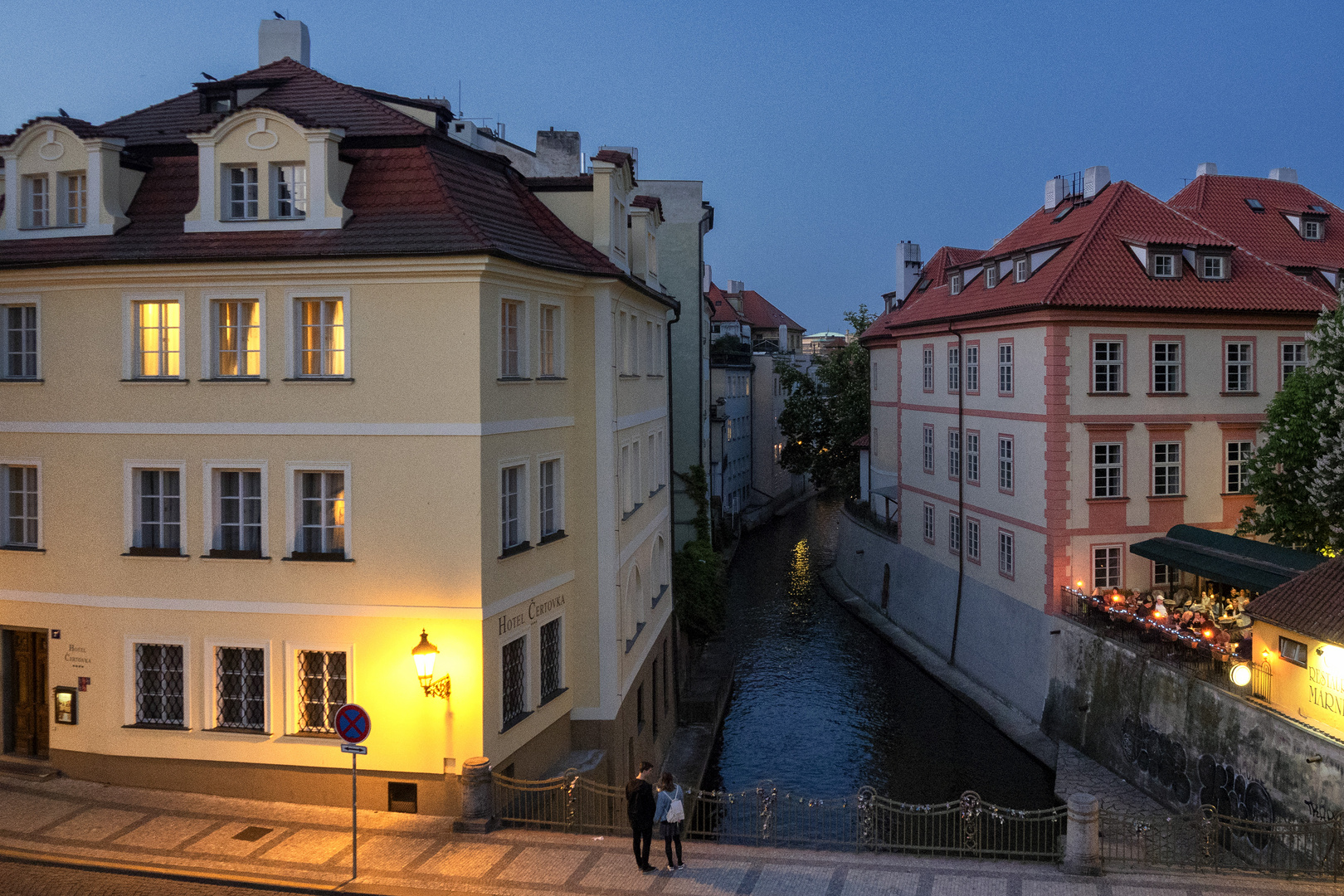 Canale del Diavolo, Praga