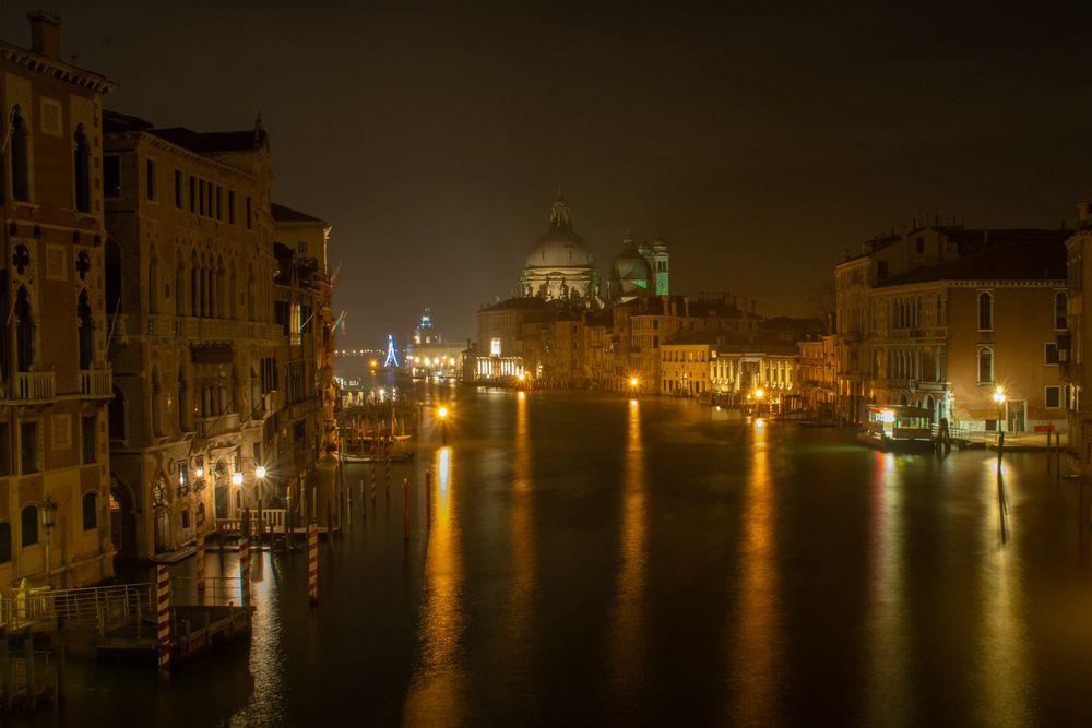 Canale Grande bei Nacht