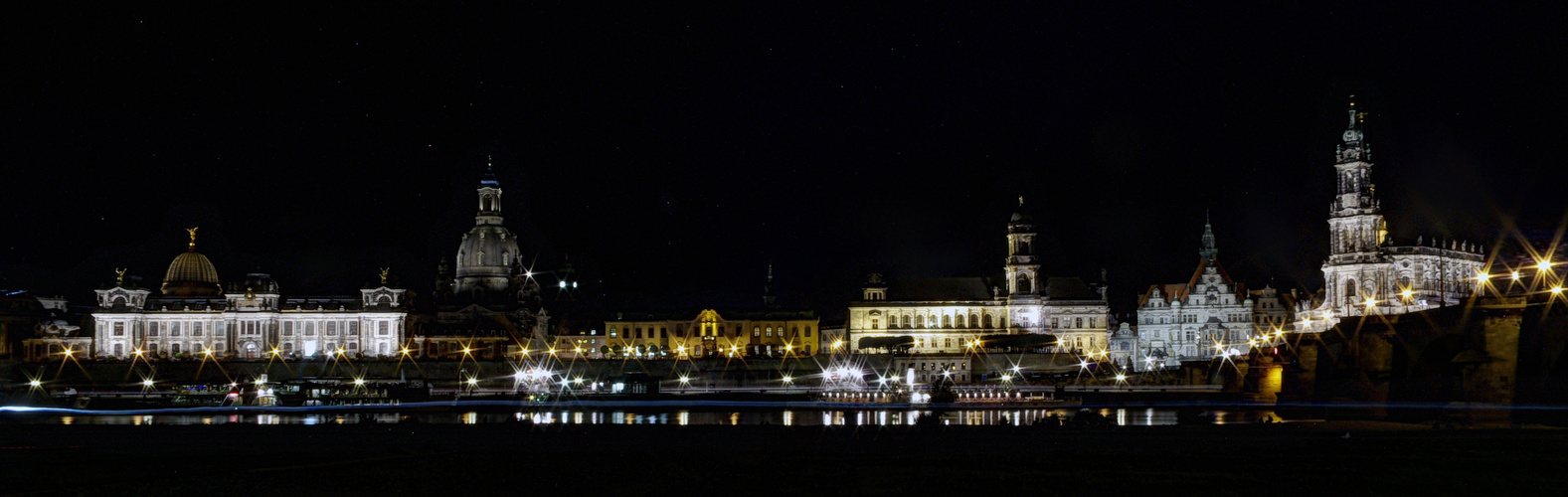 Canaletto-Blick bei Nacht