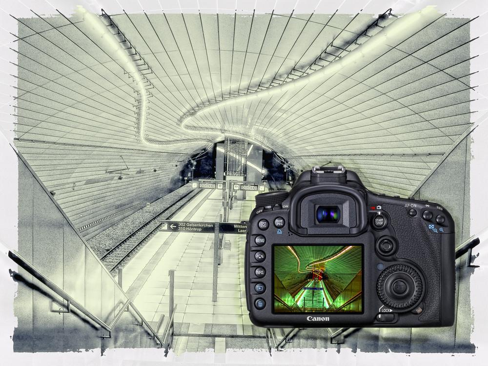Canon EOS D7