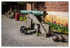 Canon = Kanone