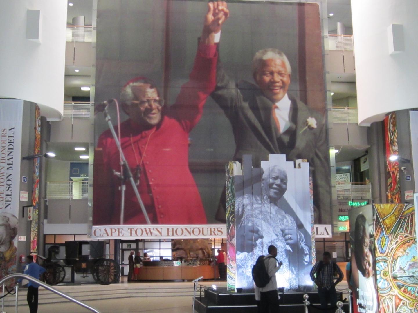 Cape Town honours Mandela