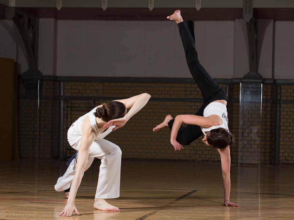 Capoeira; Erste fotografische Annäherungsversuche an diesen beeindruckenden Kampf-Tanz...#179
