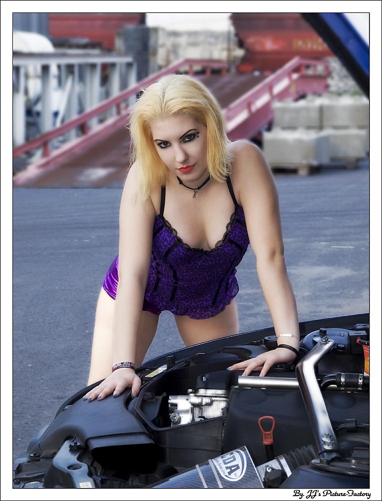Car Shooting 2009 Part II -7